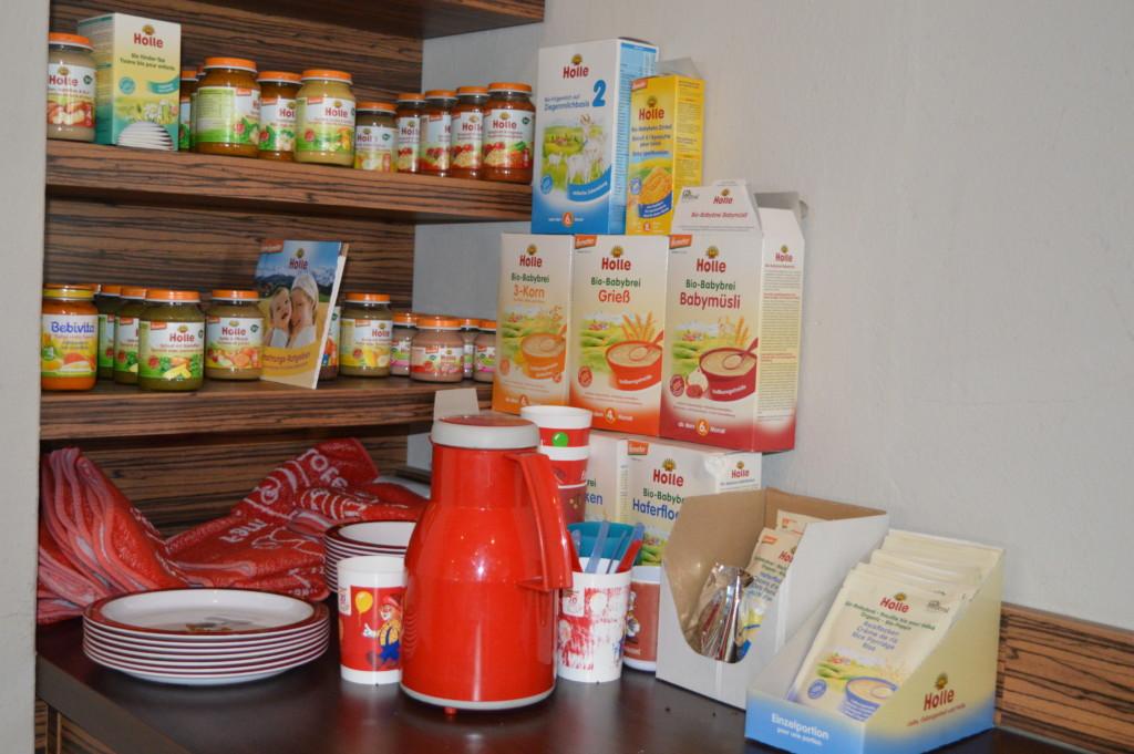 Nordsee Niedersachsen Familotel Friesland-Stern Kinderbuffet Haflinger Friesen Wangerland Horum Familienurlaub Reiten Appartments