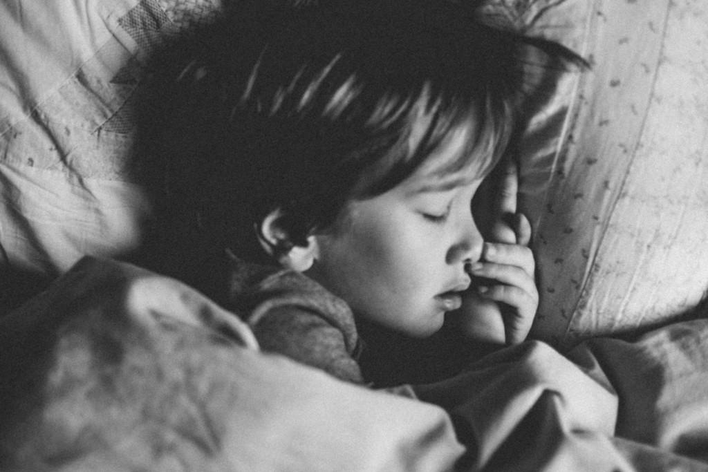 schlafendes Kind krankes Kind