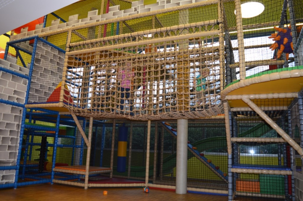 Familienurlaub Müllerthal Luxemburg Unterkunft Jugendherberge Beaufort