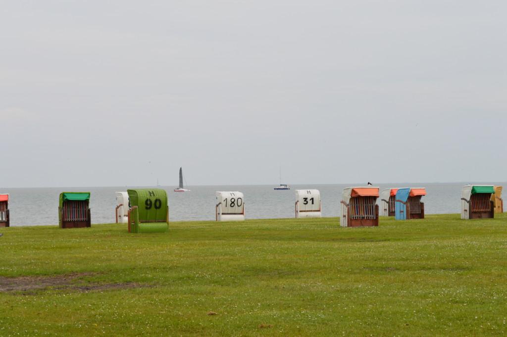 Nordsee Niedersachsen Strandkorb Familotel Friesland-Stern Wangerland Horum Familienurlaub Spielplatz